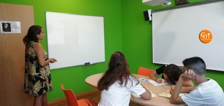 Alumnos de Eso y Bachiller en los cursos de técnicas de estudio en Getafe